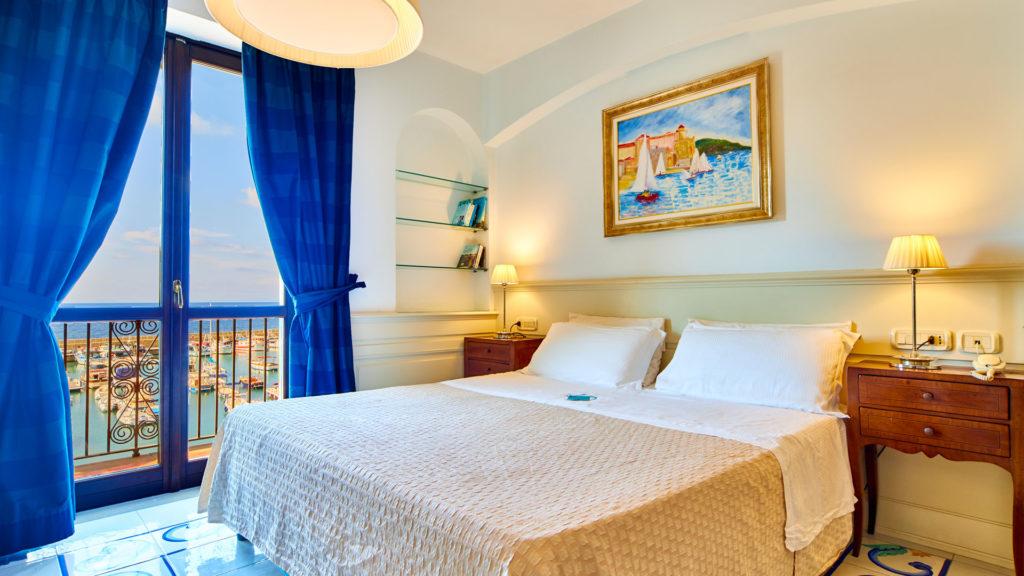 romantic-junior-suite